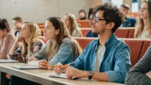 Geld verdienen als studentondernemer - 123Onlineboekhouding